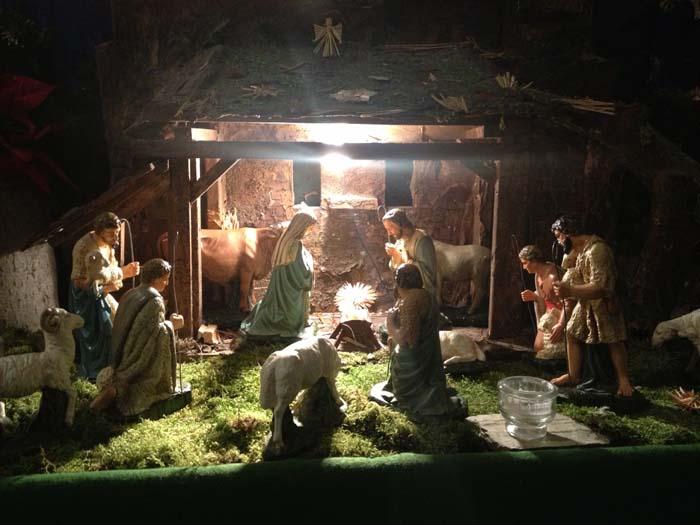 Weihnachten Im Christentum.Rund 2 3 Mrd Christen Feiern Weihnachten Weltweit Stiftspfarre